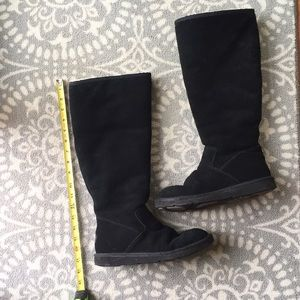 Classic tall UGG boots size 8